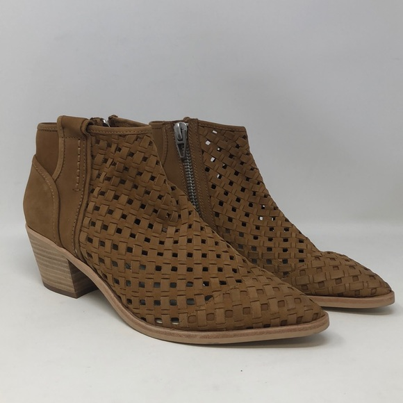 Dolce Vita Booties Size: 8.5